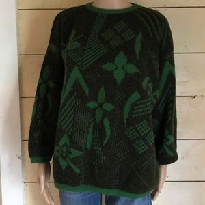 VINTAGE BENETTON SWEATER MADE IN ITALY